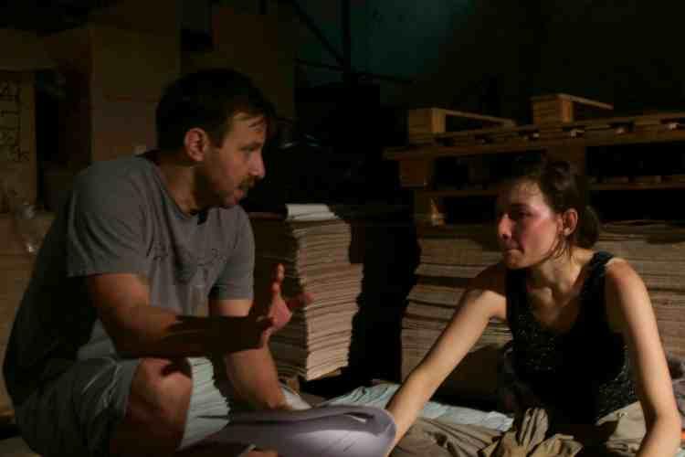 """Salma Jô e eu no set de """"A Militante""""."""